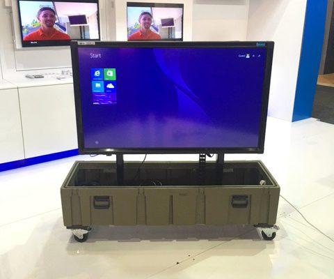 Portable TV mount motorised