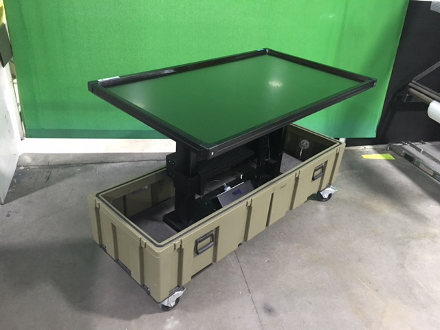 Portable TV mount motorised